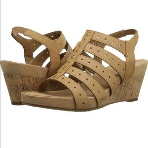 Aerosoles gladiator style wedge sandal